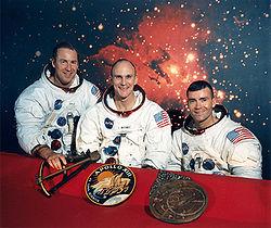 250px-Apollo_13_Original_Crew.jpg
